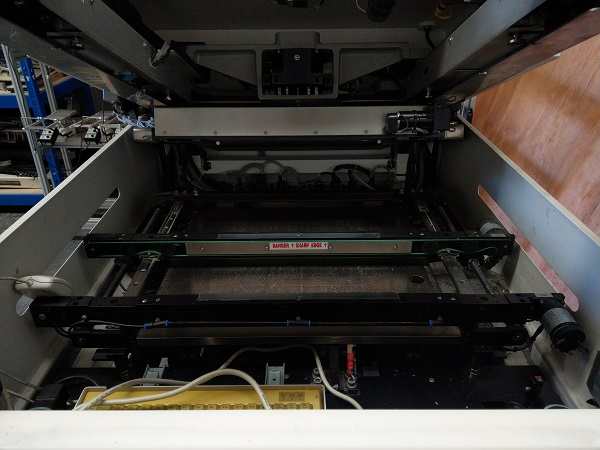 Inside the MPM 400 Used screen printer